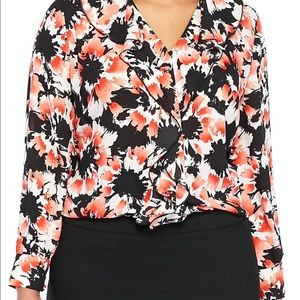$79 2X 3X Limited Floral Ruffle V-Neck Blouse NWT